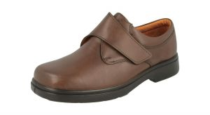 Men'S Casual Shoes (Reece)6V Wide Fit By Db Shoes in Brown