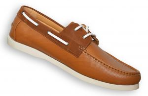 D555 CADE Perforated Boat Shoe in Size UK10 to UK15