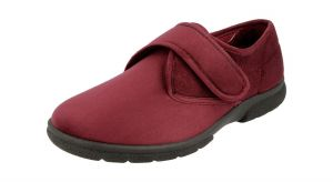 Men'S Slippers / House Shoes (Daniel)6V Wide Fit By Db Shoes in Burgundy